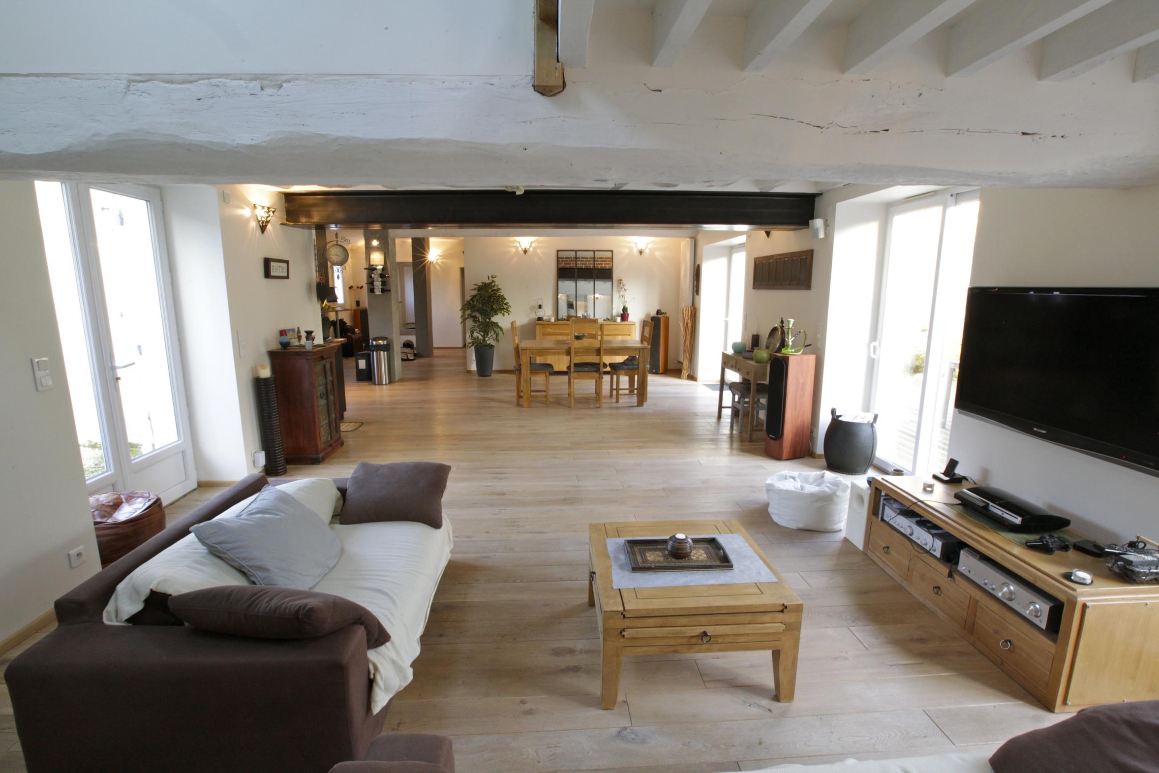 beau Lors de la location du0027un bien immobilier, il est possible de choisir entre  deux types de logements : vide ou meublé. Les deux ont leurs avantages et  leurs ...